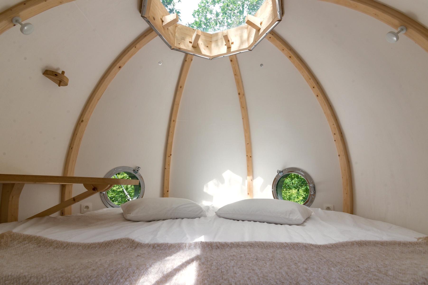 la cabane spa cocoon plume le bois de rosoy. Black Bedroom Furniture Sets. Home Design Ideas